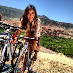 Sabrina nas nossas bikes da Morocco Imperial