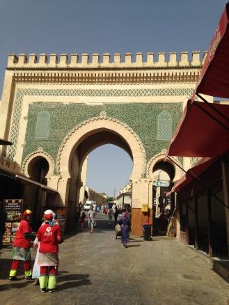 Saída da Medina de Fez: verde da esperança do retorno